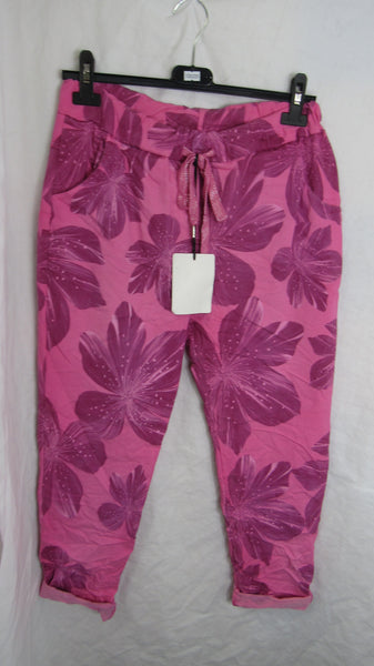 Sale Sale Sale NEW Ladies Pink Floral Stretchy Magic Trousers One Size Fits 10 12 14 16 SMALLER SIZE Non Returnable