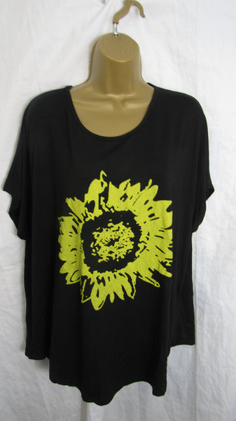 NEW Ladies Black with Yellow Flower T Shirt Top One Size Fits 12 14 16 18 20