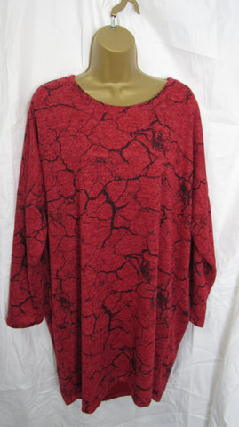 NEW Ladies Red Black Pattern Tunic Top Jumper One Size Fits 14 16 18 20