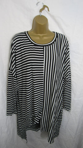 NEW Ladies Black White Stripe Tunic Top One Size Fits 14 16 18 20