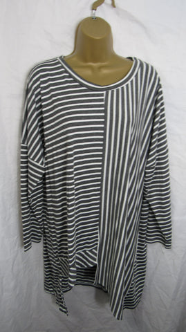 NEW Ladies Grey White Stripe Tunic Top One Size Fits 14 16 18 20