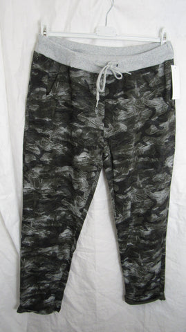 Sale Sale Sale NEW Ladies Green Camo Print Joggers Leggings One Size Fits 10 12 14 16 Smaller Size Non Returnable