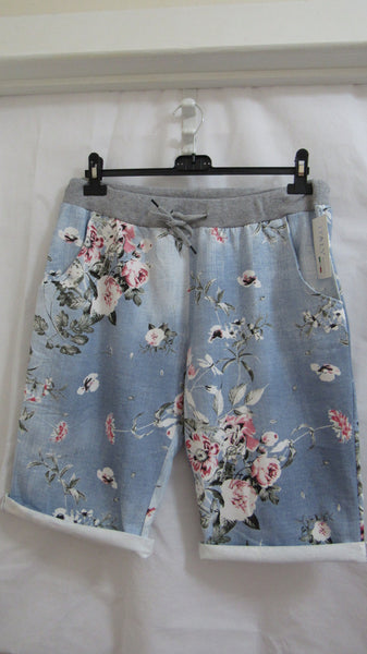 NEW Ladies Pale Blue Floral Shorts One Size Fits Sizes 18 20 22 PLUS SIZE
