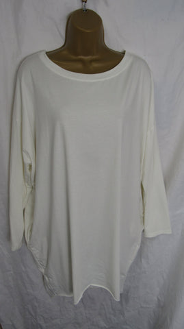 Ladies Italian Winter White Pocket Tunic Top Long Sleeved ONE SIZE FITS 12 14 16 18