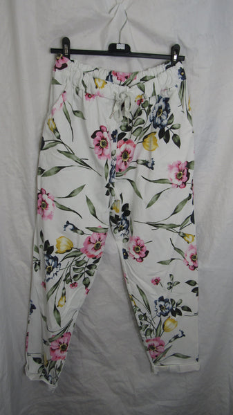 NEW Ladies White Floral Stretchy Magic Trousers One Size Fits 20 22 24 Plus Plus Size