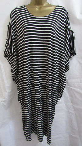 NEW Ladies Lagenlook BLACK WHITE STRIPE Key Hole Back Beach Sun Dress ONE SIZE FITS 12 14 16 18 20
