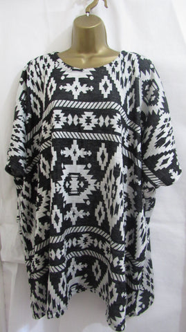 Ladies Italian Lagenlook Black Print Short Sleeved Tunic Jumper One Size Fits 18 20 22 24