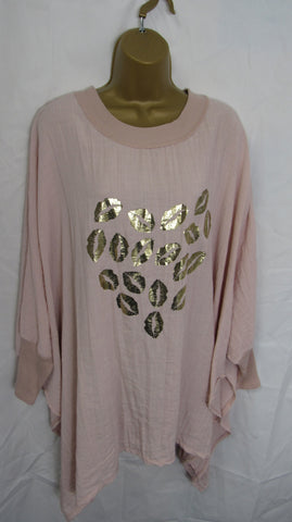 NEW Ladies Lagenlook Dusky Pink Foil Lips Oversized Top One Size Fits 18 20 22 24 26 28