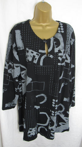 Ladies Italian Black Pattern Tunic Top ONE SIZE FITS 16 18 20