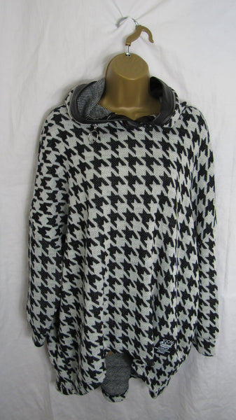 NEW Ladies Black Dog Tooth Check 100% Natural Products High Low Jumper One Size Fits 14 16 18 20