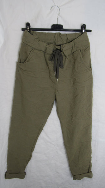 NEW Ladies Light Green Stretchy Magic Trousers One Size Fits 10 12 14 16 SMALLER SIZE