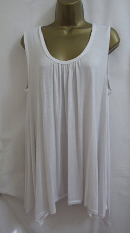 NEW Ladies Basic White T-Shirt Sleeveless Tunic Top- Sized Item 16-18 and 20-22