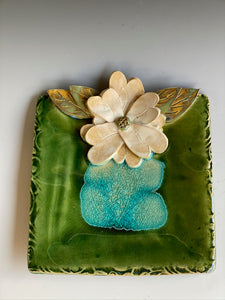 "8"" Square Green Tray with Hand Made Flower"