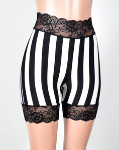 "High-Waist Vertical Stripe Stretch Lace Shorts (5"" inseam)"