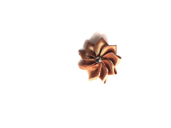 Tan Flower Lapel Pin | G+Co. Apparel