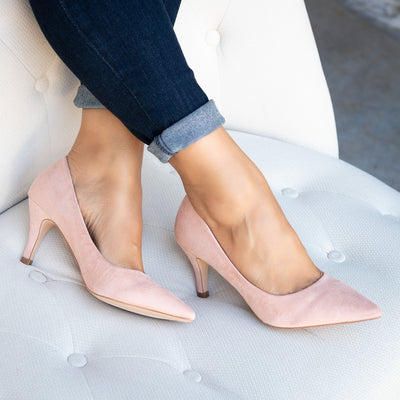 Blush Pointed toe Pumps