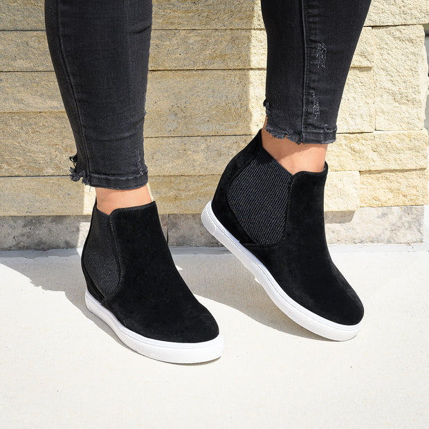 Side Elastic Black Wedge Sneakers