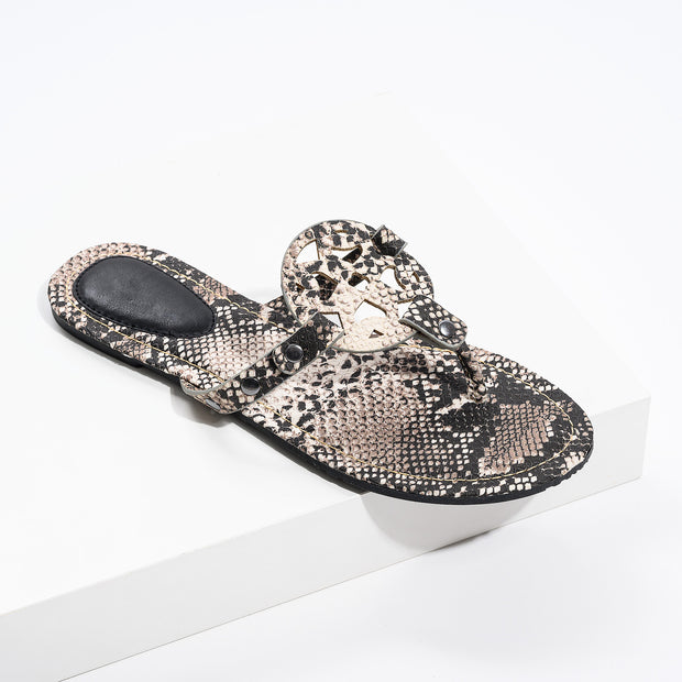 Medallion Sake Thong Sandals