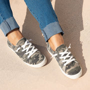 Camouflage Round Toe Sneakers