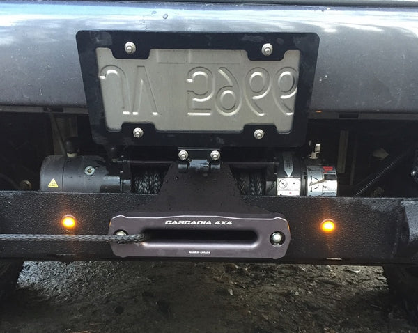 cascadia 4x4 hawse fairlead mounted on flipster