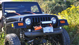 "Flipster ""Lite"" - Winch License Plate Mounting System with Integrated Light Mount"