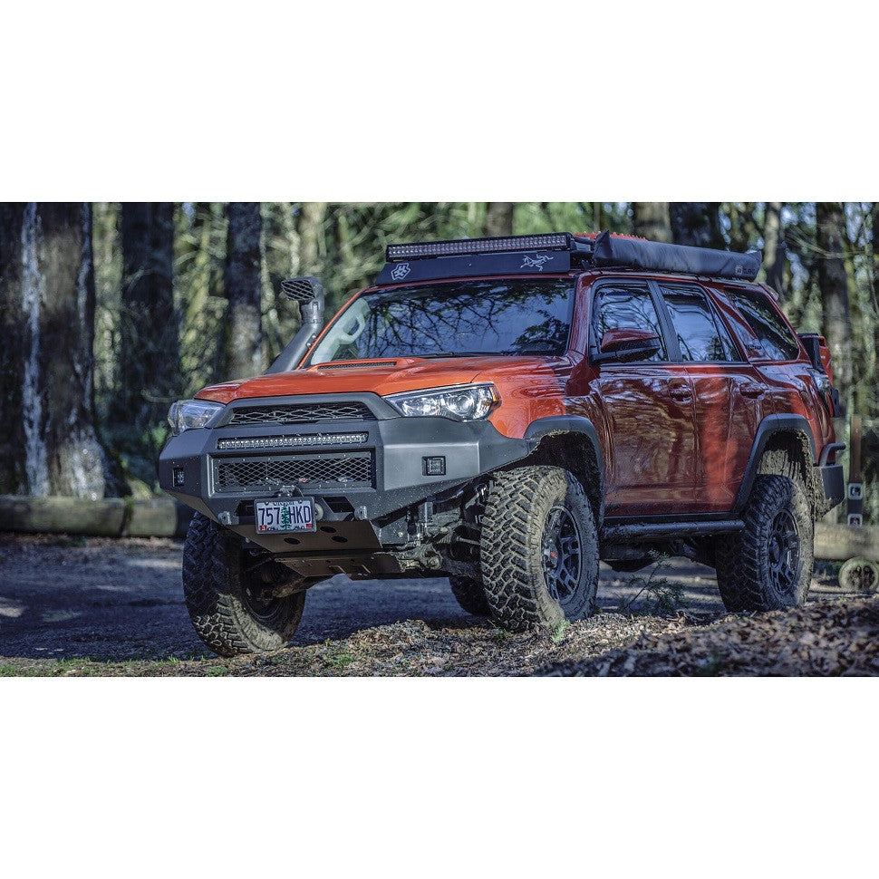 toyota 4runner with cascadia 4x4 flipster license plate mounting system
