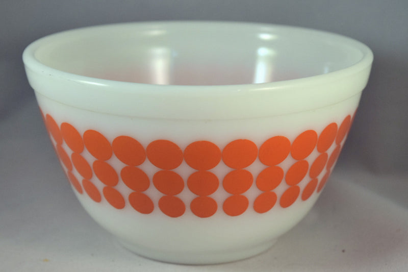 Vintage Glassware-Pyrex-Mixing-Nesting-Bowl-Orange Dot - Retro Reclaimations - 3