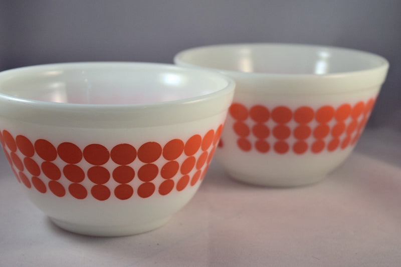 Vintage Glassware-Pyrex-Mixing-Nesting-Bowl-Orange Dot - Retro Reclaimations - 5