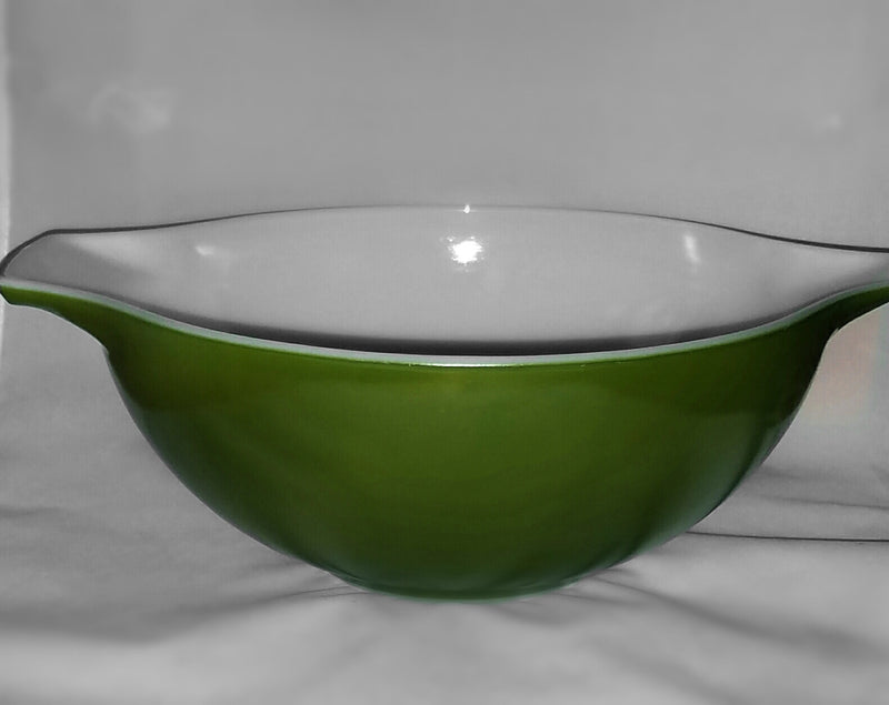 Vintage Pyrex-4 quart-green-mixing bowl - Retro Reclaimations