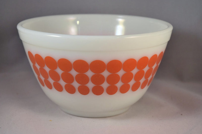 Vintage Glassware-Pyrex-Mixing-Nesting-Bowl-Orange Dot - Retro Reclaimations - 6