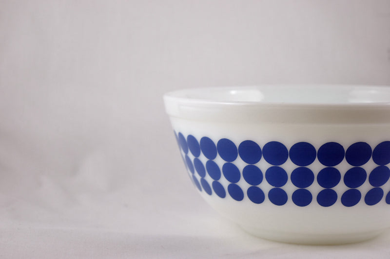 Vintage Glassware-Pyrex-Mixing-Nesting-Bowl-Blue Dots-1968 - Retro Reclaimations - 5