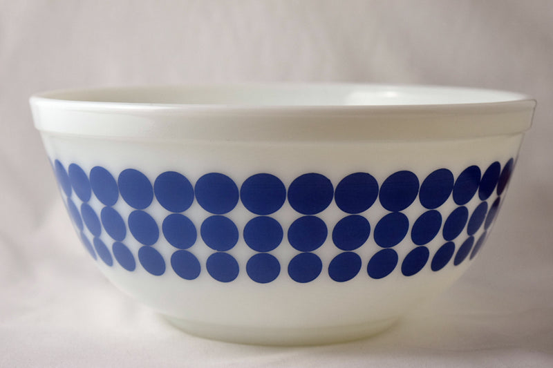 Vintage Glassware-Pyrex-Mixing-Nesting-Bowl-Blue Dots-1968 - Retro Reclaimations - 6