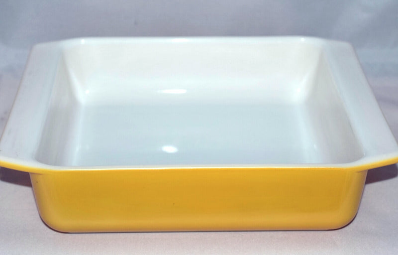 Vintage Glassware-Pyrex-Utility Dish-Brownie Pan-Orange-922