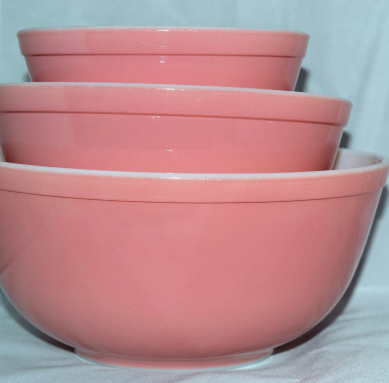 Vintage Mixing Bowls Pyrex-pink - Retro Reclaimations - 1