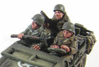 Miniatures - Jeep crew in greatcoat (3)