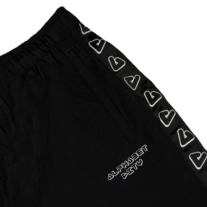 products/Shorts_black_zoom2.jpg