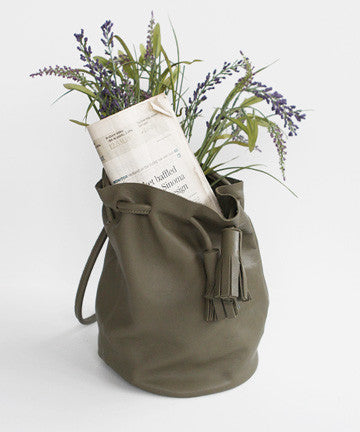 LeS-1581  MAYBELL TASSEL BUCKET BAG / Large  메이벨 테슬 버켓백 / 라지 [5COLOR]