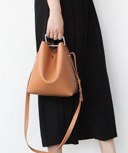 LeJ-un0151  QUILL SHOULDER BUCKET BAG / Small  퀼 숄더백 스몰 [8COLOR]