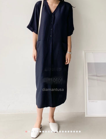 Linen V pocket dress