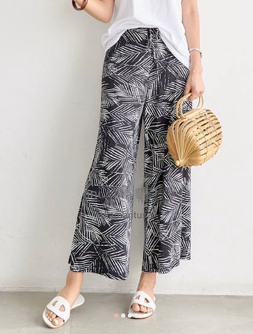 Cool leaf pants