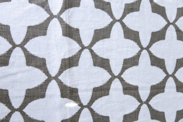 Tabu Grey and White, 100% Cotton Runner, 47cm x 150cm