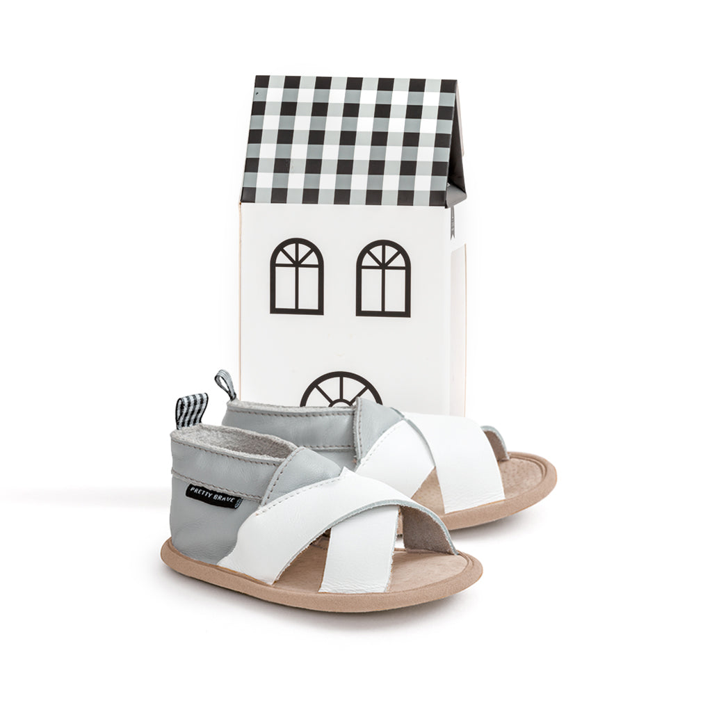 SANDAL - Criss-Cross- Grey & White