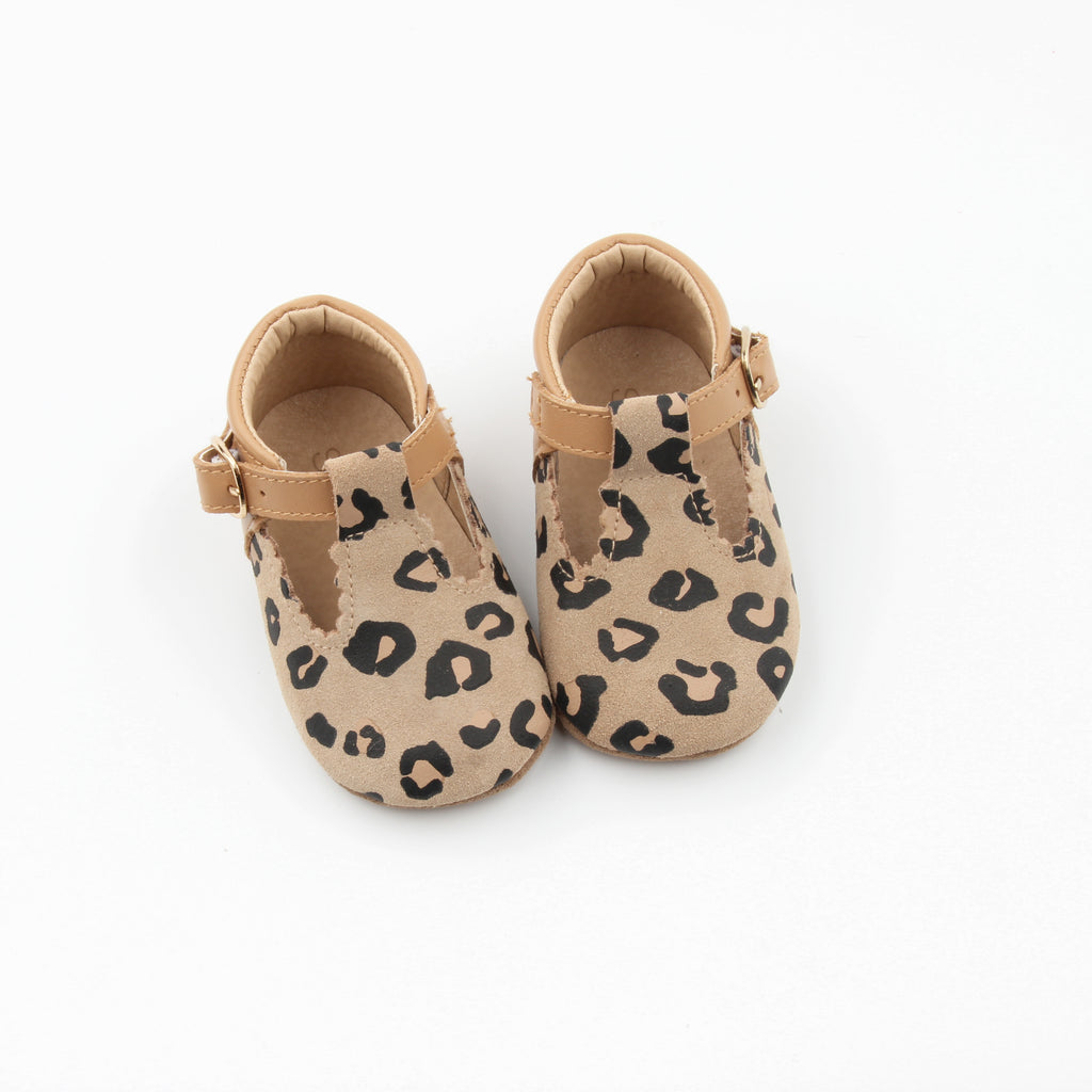 Leopard toddler leather t-bar at Sadie Baby
