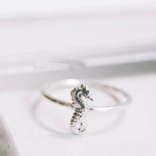 Charm Cute Animal Sea Horse Ring - fashioniworld