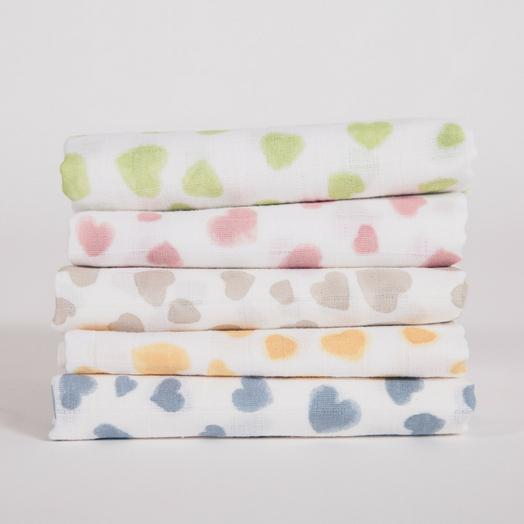 Heart Print Muslin Squares