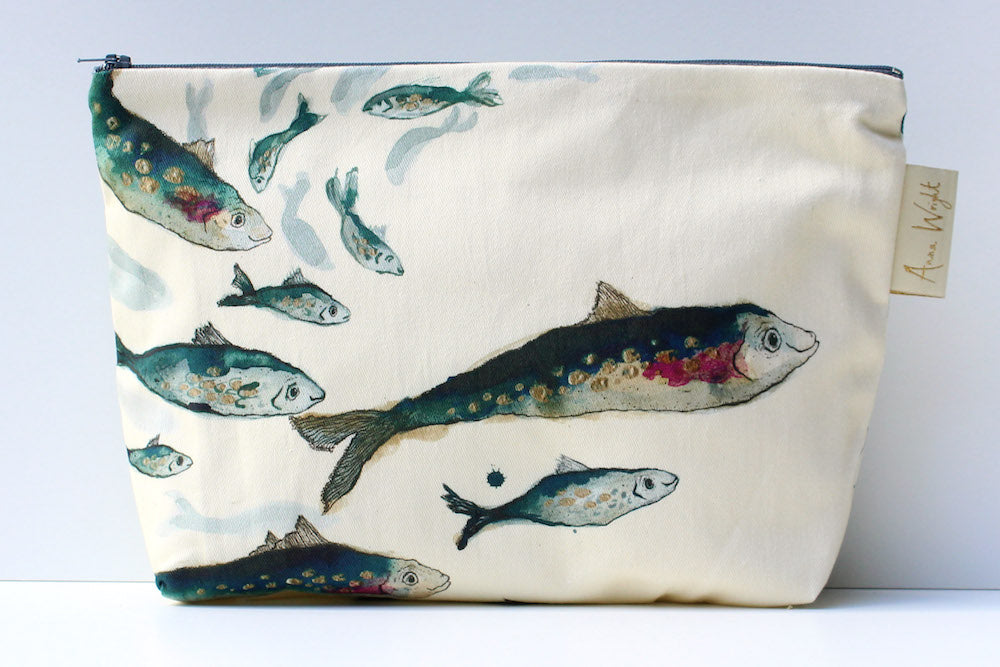 fishy friends wash bag from anna wright