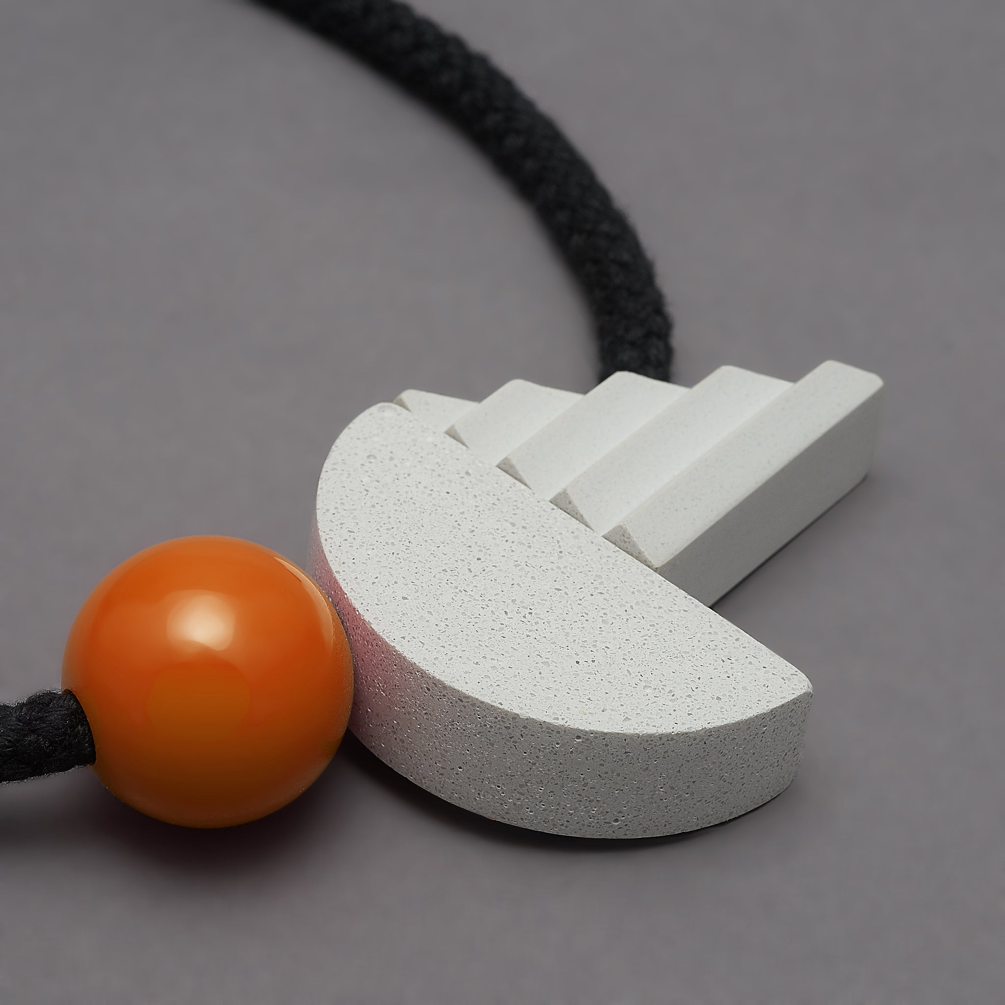 Pop necklace (orange)
