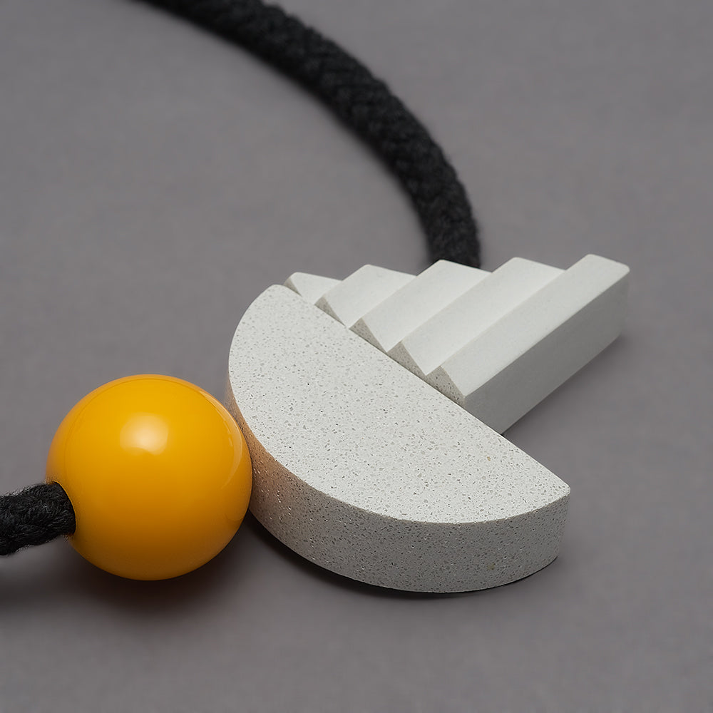 Pop necklace (yellow)