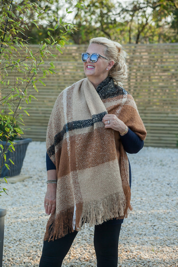 Scarves Philipa Knitted Scarf - SC5097 - Vera Tucci OriginalsAccessories BLKTAN