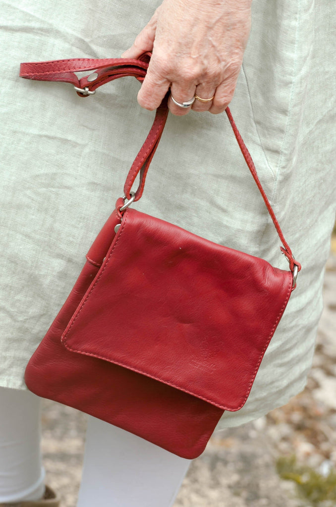 Leather Bag Faye Classic - Vera Tucci OriginalsBags Red